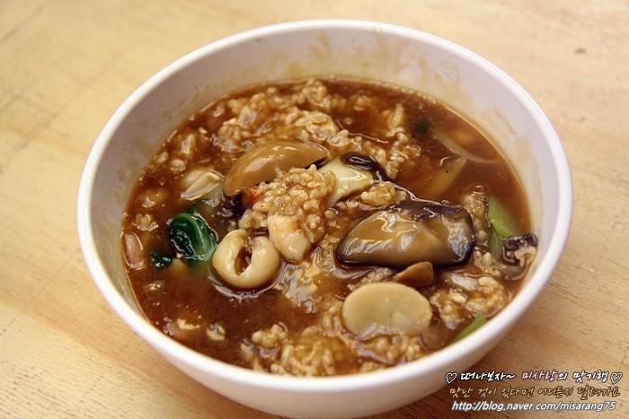 탱글탱글한 마요네즈 새우에 바삭한 중국식 탕수육